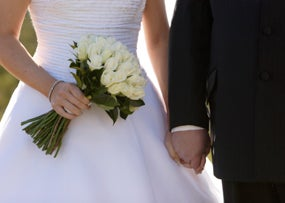 The Right Way to Use Credit for Your Wedding