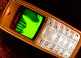 ID Theft Watch: Old Cell Phones Contain Key Private Data