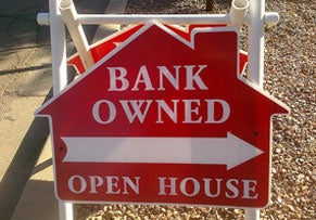 New Legislation Aims to Curb Mortgage Servicer Abuses