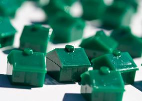 Senate Dems Urge Regulators To Go Tougher on Mortgage Middlemen