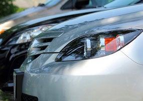 Regulator Hears of Car Dealers Scamming Soldiers