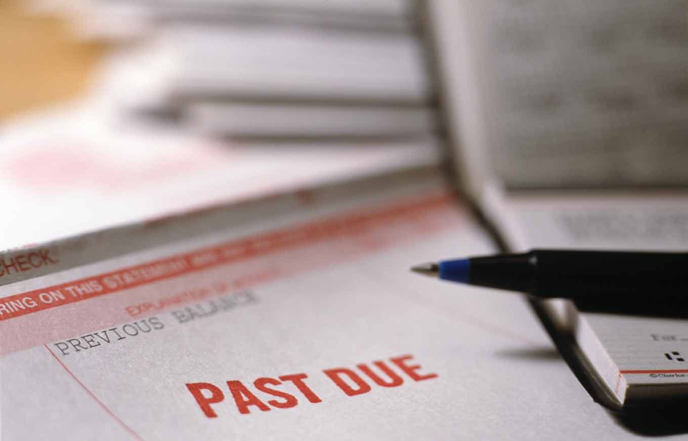 How Much Will One Late Payment Hurt Your Credit Scores?