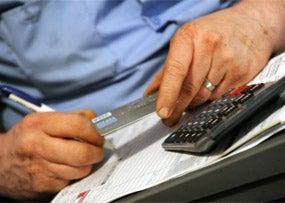 Consumers Cut Credit Card Debt Again in April