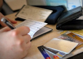 Debt Consolidation vs. Credit Counseling: What's the Difference?
