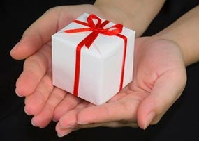 Should You Think Twice About Facebook Gifts?