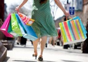 Pre-Christmas Spending Gives Economy a Boost
