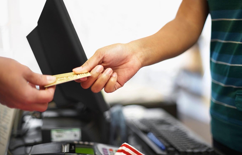 customer-credit-card-theft