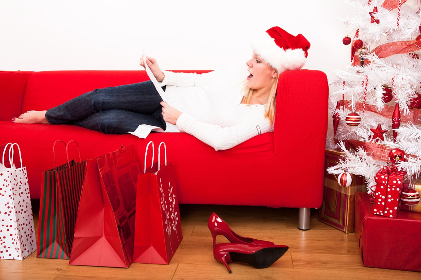 How To Get A Loan With Bad Credit >> The Impact of Buying Gifts You Can't Afford | Credit.com