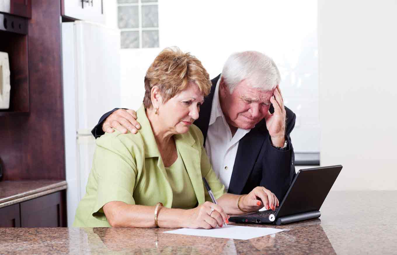 How To Manage Your Elderly Parentu0027s Money