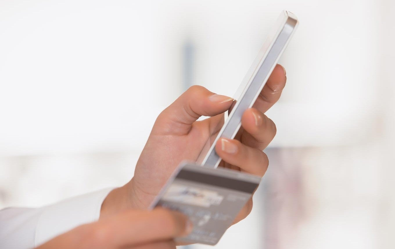 Google Goes Analog With a Real Debit Card