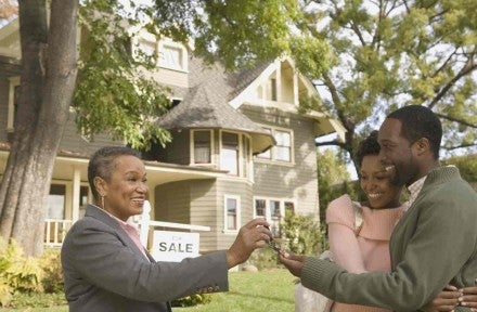 How to Buy & Sell a Home at the Same Time