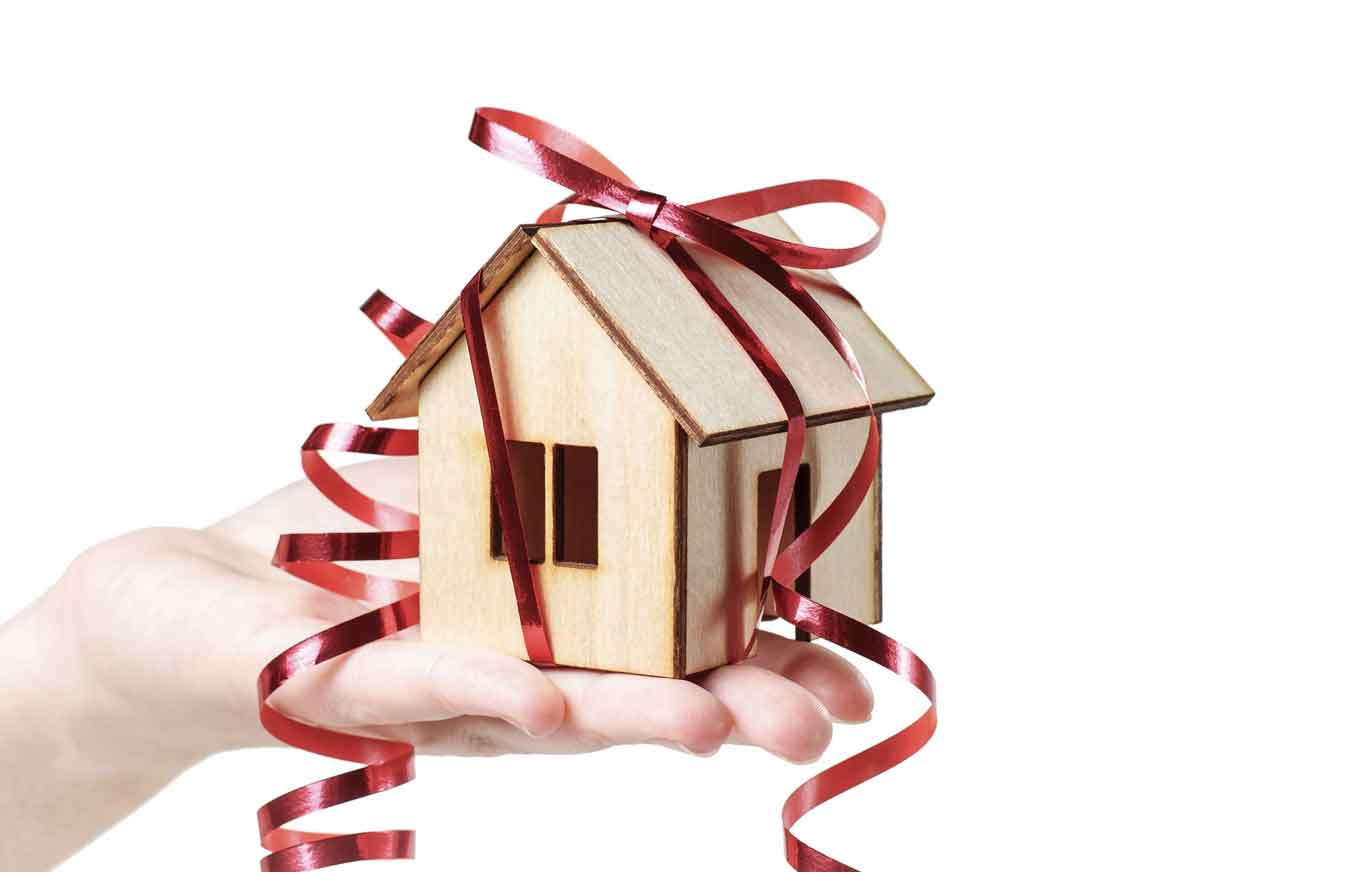 3 Gift Ideas for New Homeowners