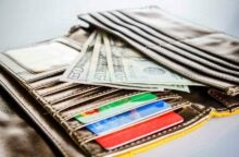 How to Make Money Paying Taxes With a Credit Card