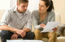 4 Signs You're in Real Financial Trouble