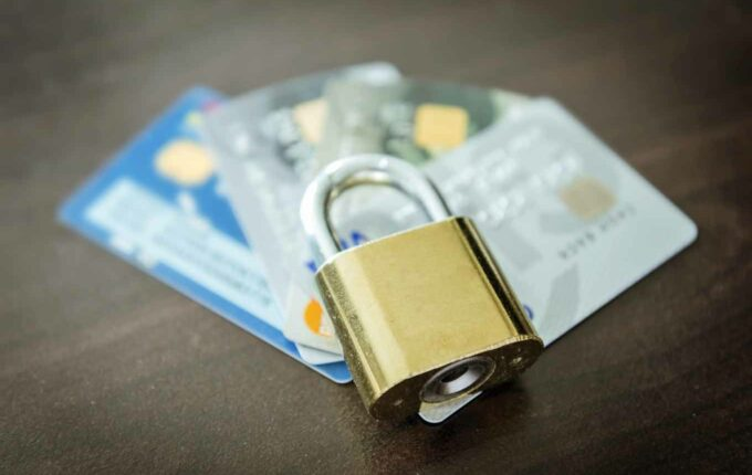 6 Easy Ways To Keep Your Credit Card Safe