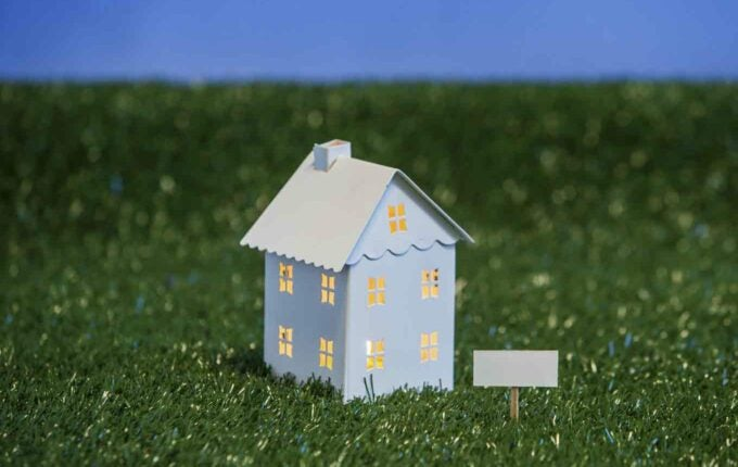 How Will Your Spouse's Credit Affect Your Mortgage?