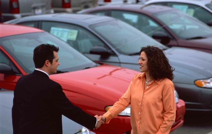 8 Things You Need to Know Before Buying a New Car