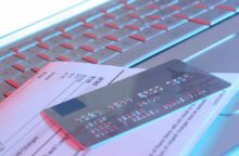 What Happens If You Make a Late Credit Card Payment?