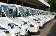 Postal Worker Allegedly Stole Credit Cards for Shopping Spree