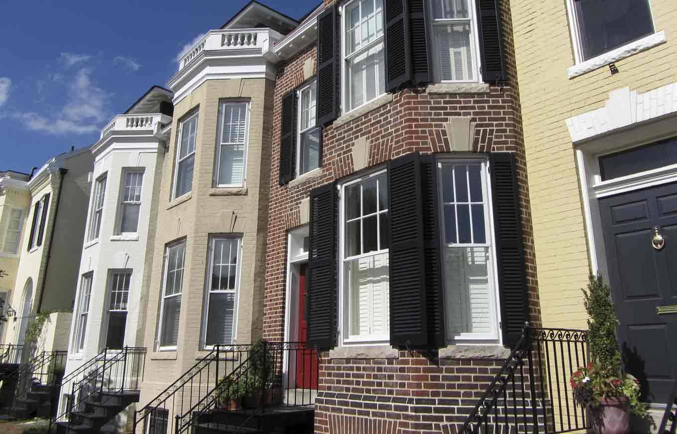 Should You Buy a Townhome?