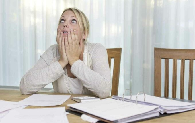 How Much Will One Late Mortgage Payment Hurt Your Credit Scores?