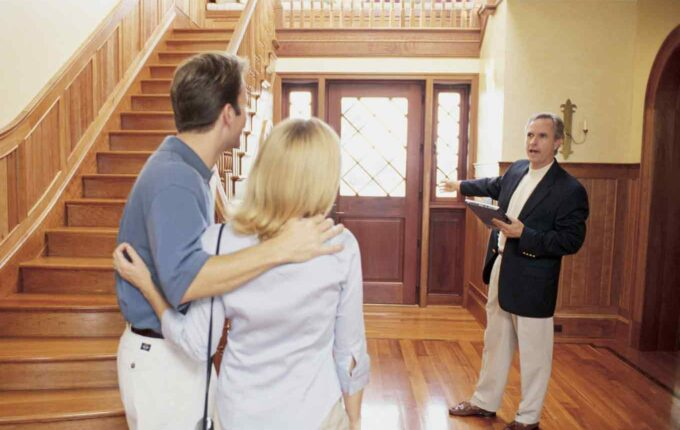 5 Signs You Need a New Real Estate Agent