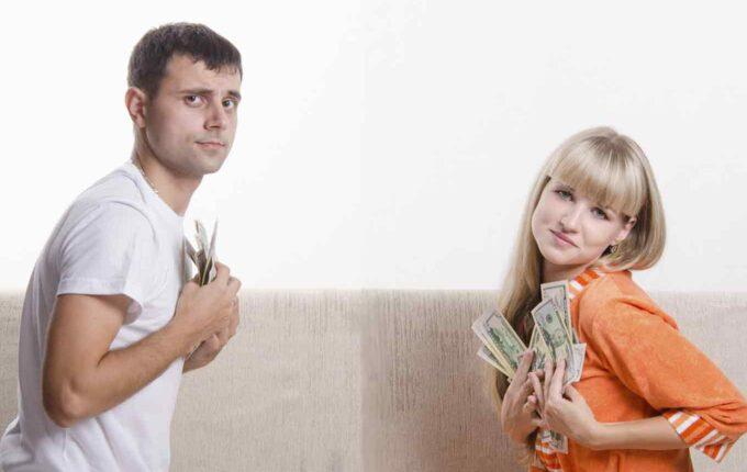 3 Signs You Should Split Up Finances