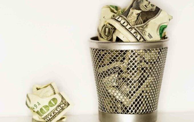 5 Bad Money Habits You Can Break Today