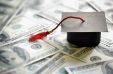 What's the Difference Between Your Student Loan's Interest Rate & APR?