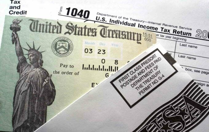 Report: It Takes 9 Months to Get a Tax Refund After Identity Theft