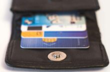 How to Keep Track of Your Spending on Multiple Credit Cards