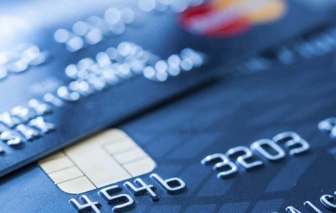 Secured Card vs. Prepaid Card: Which is Better If You Have Bad Credit?