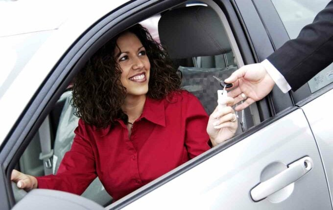 6 Credit Cards That Can Get You Into a New Car