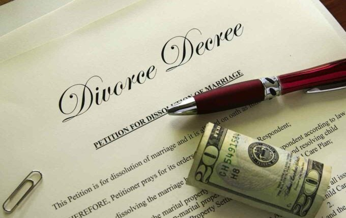 What Happens to My Debt When I Go Through a Divorce?