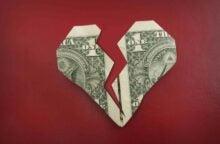 4 Ways to Avoid Debt After Divorce