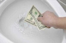 Flushing Your Cash? 26% of People Shop on the Toilet