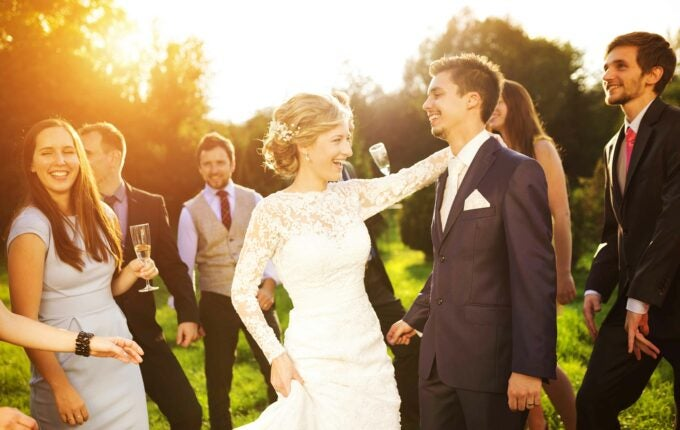 tips-for-an-affordable-wedding