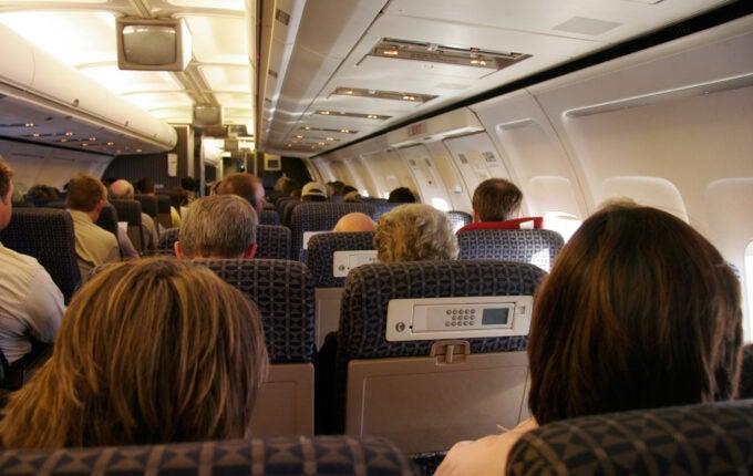 airplane-seats-shrinking