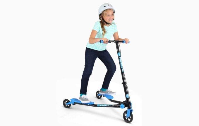 kids-outside-toys-scooter