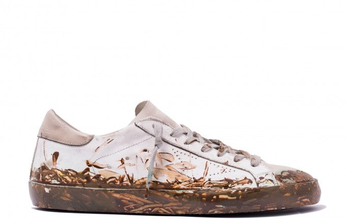 distressed-sneakers-mud
