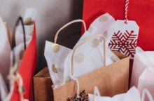 Prepare for Holiday Shopping with These Timely Credit Tips