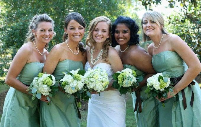 bridesmaid-on-budget