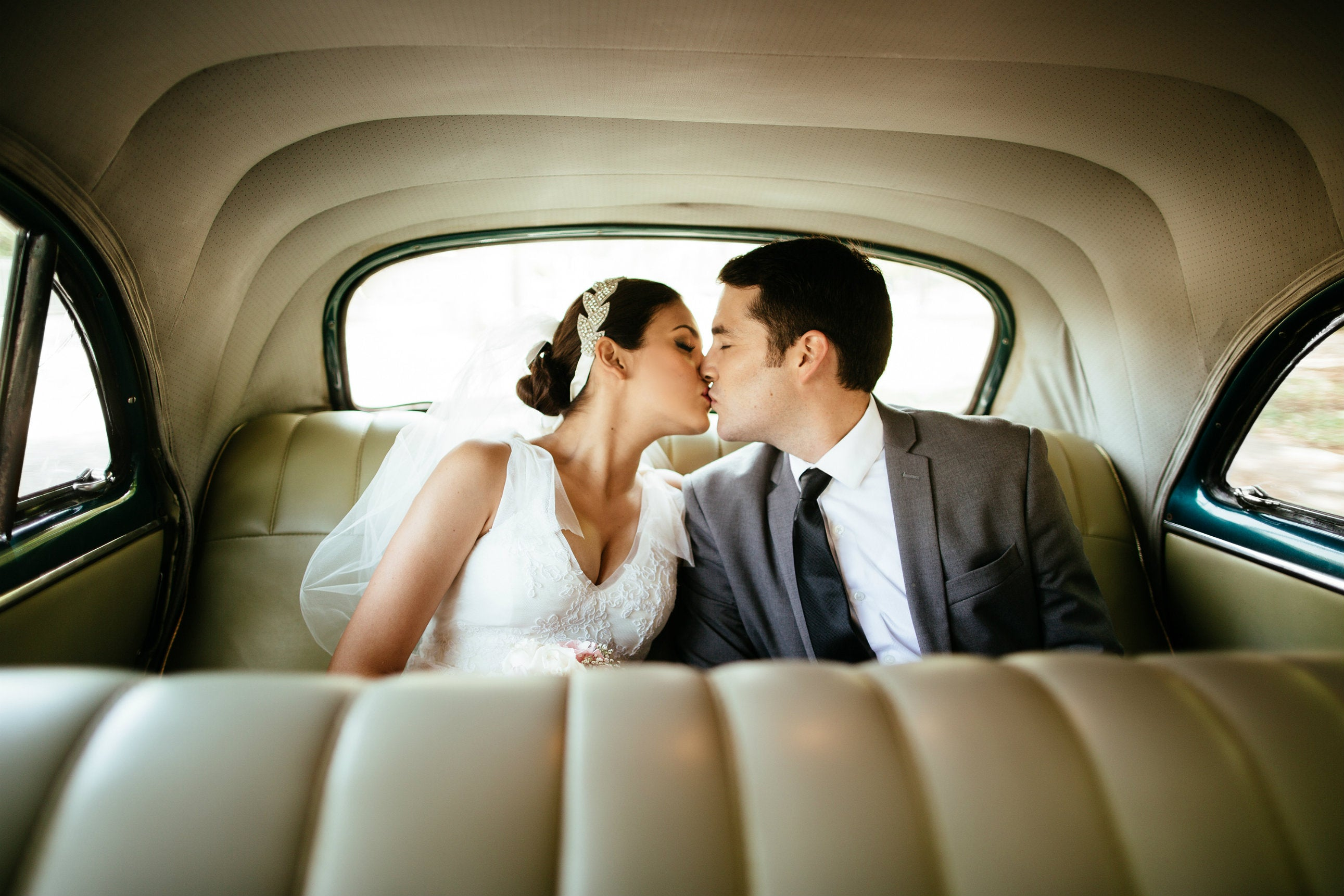 4 Credit Cards To Help Fund Your Wedding