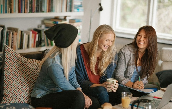 College is expensive and so are apartments. Finding a college apartment that fits into your budget is possible with a few simple tricks.