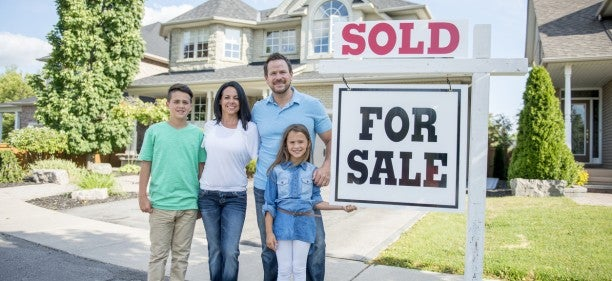 buy a foreclosed house